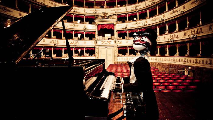TeoTronico, le robot pianiste