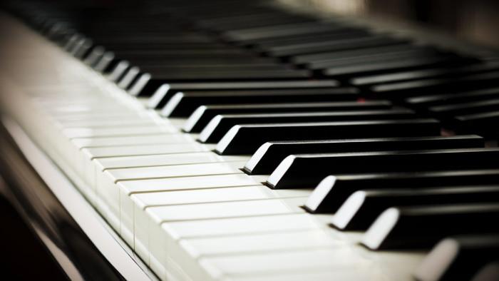 Idée pour customiser votre ancien piano
