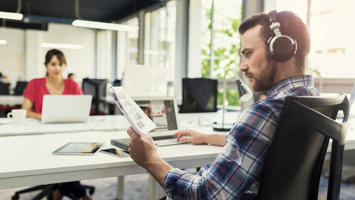 La musique influence-t-elle notre productivité ?